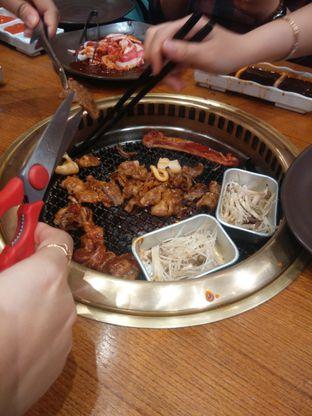 Foto 2 - Makanan(kebersamaan sebelum menyantap) di Kintan Buffet oleh Threesiana Dheriyani