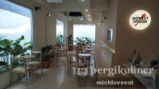 Foto 5 - Interior di Honest Spoon oleh Mich Love Eat