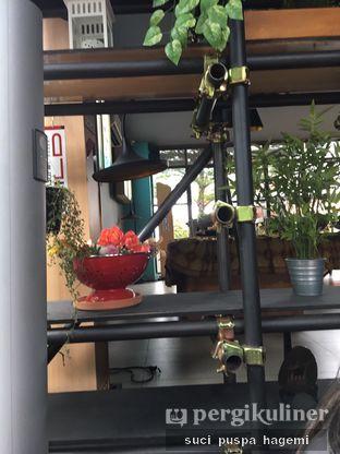 Foto 9 - Interior di Intro Jazz Bistro & Cafe oleh Suci Puspa Hagemi