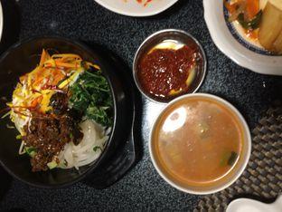 Foto 6 - Makanan(dolsot bibimbap) di Suwon Galbi oleh Elvira Sutanto