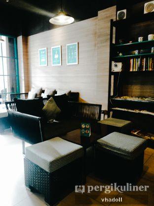 Foto 3 - Interior di Dailydose Coffee & Eatery oleh Syifa