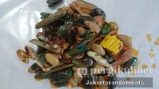 Foto 2 - Makanan di Perang Kerang - Barbarian Seafood House Restaurant oleh Jakartarandomeats