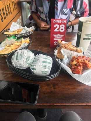Foto - Makanan di Wingstop oleh amilanf