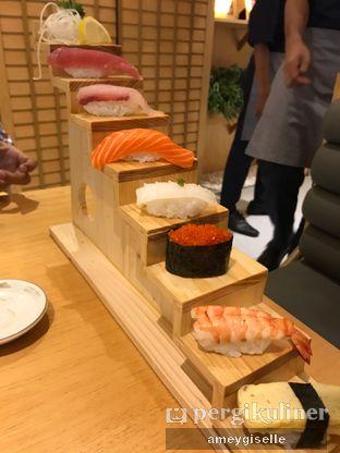Foto 2 - Makanan di Sushi Hiro oleh Hungry Mommy