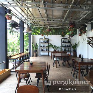 Foto 8 - Interior di Kuki Store & Cafe oleh Darsehsri Handayani