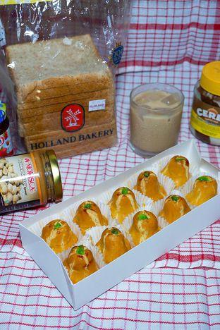 Foto review Holland Bakery oleh yudistira ishak abrar 1
