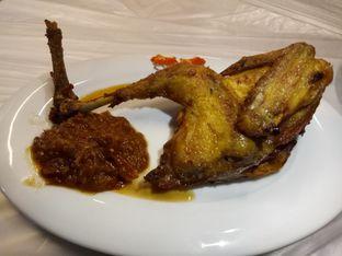 Foto 3 - Makanan(Ayam Goreng) di Kepiting Cak Gundul 1992 oleh Ratu Aghnia