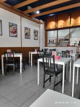Foto 2 - Interior di Nasi Akwang oleh Devid Flambo