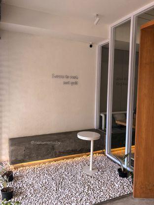 Foto 6 - Interior di Pause Coffee oleh menumenusby