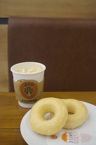 Foto 3 - Makanan di J.CO Donuts & Coffee oleh yudistira ishak abrar
