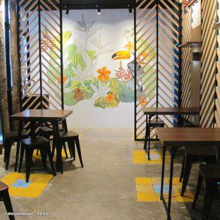 Foto 4 - Interior di Koffie Paste oleh Kuliner Addict Bandung
