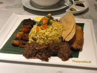 Foto 2 - Makanan(Briyani Rice with Fried Chicken) di PappaRich oleh feedthecat