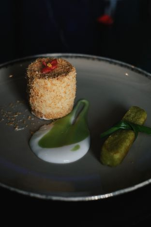 Foto 12 - Makanan(Frozen Srikaya Souffle) di 1945 Restaurant - Fairmont Jakarta oleh Verdi Danutirto