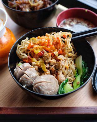 Foto 8 - Makanan di Mie Pedas Juara oleh om doyanjajan