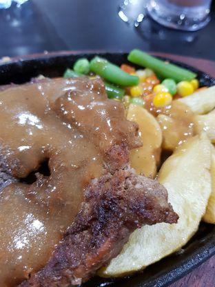 Foto 3 - Makanan di Waroeng Steak & Shake oleh Clara Yunita