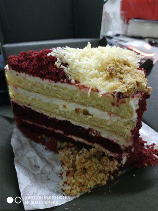 Foto 2 - Makanan(Red velvet cheese cake) di Union Deli oleh Gabriel Yudha   IG:gabrielyudha