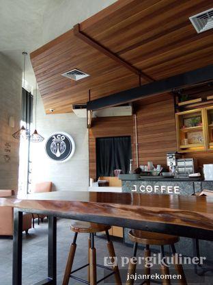 Foto 5 - Interior di J.CO Donuts & Coffee oleh Jajan Rekomen