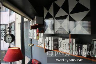 Foto 7 - Interior di Escalator Coffeehouse oleh Kintan & Revy @worthyourvisit