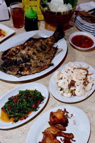 Foto 4 - Makanan di Pondok Ikan Bakar Khas Kalimantan oleh yudistira ishak abrar