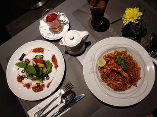 Foto review Greyhound Cafe oleh Eunice   7