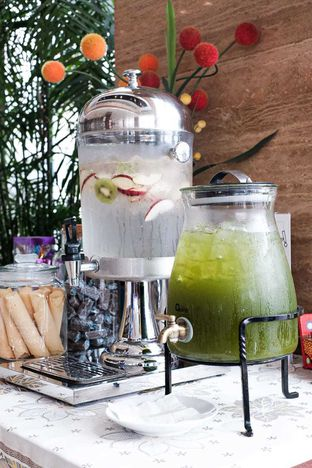 Foto 2 - Makanan di Lobby Lounge - Swiss Belhotel Serpong oleh Duolaparr