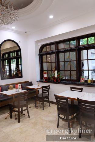 Foto 5 - Interior di O'delice Cafe oleh Darsehsri Handayani