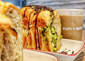 Tak Hanya Selai, Ini Variasi Olesan Roti Panggang yang Tidak Biasa