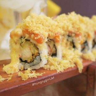 Foto review Umamya Sushi oleh Astrid Wangarry 6