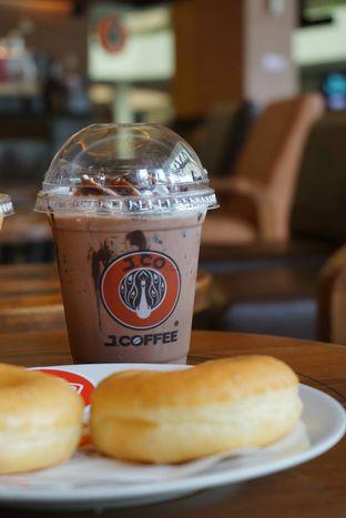 Foto 5 - Makanan di J.CO Donuts & Coffee oleh yudistira ishak abrar