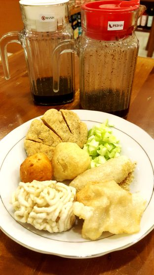 Foto 1 - Makanan di Pempek Puteri Sriwijaya oleh Naomi Suryabudhi