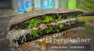 Foto review Martabak Bandung 368 oleh edu. ardi. || IG: @edu.ardi 1