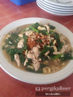 Foto 2 - Makanan(Mie Titi) di Makassar Seafood Pelangi oleh UrsAndNic