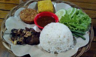 Foto 2 - Makanan(Nasi gepuk komplit) di Dapur Eyang oleh Annti Nursanti
