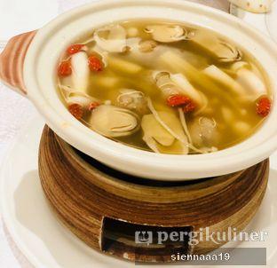 Foto 9 - Makanan(Healthy mushroom soup) di Pearl - Hotel JW Marriott oleh Sienna Paramitha