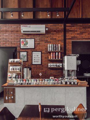 Foto 4 - Interior di Loko Cafe oleh Kintan & Revy @worthyourvisit