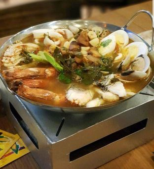 Foto 1 - Makanan di Tomtom oleh heiyika