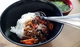 Foto 2 - Makanan(rice bowl moo moo kecap wijen) di Alpukat Bistro oleh maysfood journal.blogspot.com Maygreen