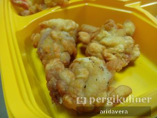 Foto 3 - Makanan(cumi tepung goreng) di D' Cost oleh Vera Arida