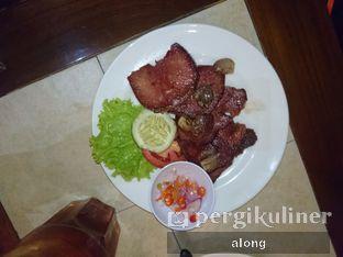 Foto 5 - Makanan(Lidah Asin) di Bon Ami Restaurant & Bakery oleh #alongnyampah