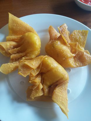 Foto 3 - Makanan(Pangsit Udang Goreng Mayonaise) di Tapao oleh Yuli || IG: @franzeskayuli