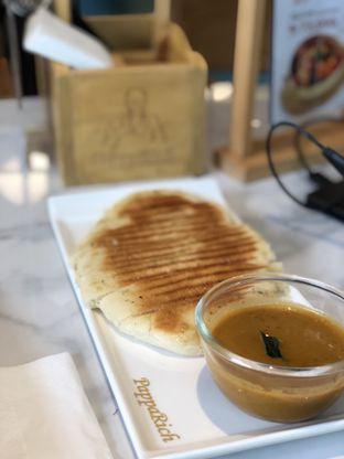 Foto 1 - Makanan(Naan Garlic) di PappaRich oleh Vanessa Agnes