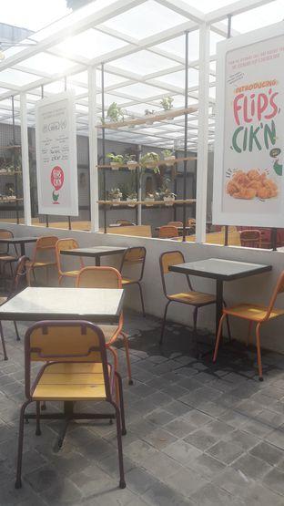 Foto 3 - Interior di Flip Burger oleh Nadia Indo