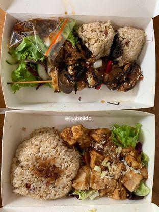 Foto 1 - Makanan di Burgreens Eatery oleh Isabella Chandra