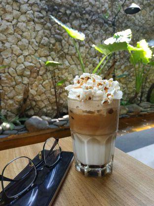 Foto 7 - Makanan(Salted Caramel Popcorn Coffee) di Bellamie Boulangerie oleh Dianty Dwi