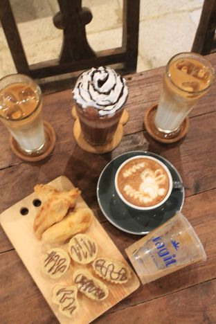 Foto 39 - Makanan di Ragil Coffee & Roastery oleh Prido ZH