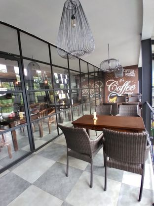 Foto review D'Juntos Coffee n' Kitchen oleh Prido ZH 33