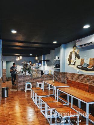 Foto 3 - Interior di Tuxedo Coffee oleh Saepul Hidayat