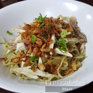 Foto 5 - Makanan di Mie Zhou oleh @teddyzelig
