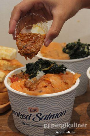 Foto 5 - Makanan di Lox Smoked Salmon oleh AndaraNila