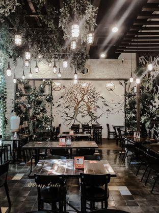 Foto 8 - Interior di Babochkaa Bistro & Coffee Bar oleh deasy foodie